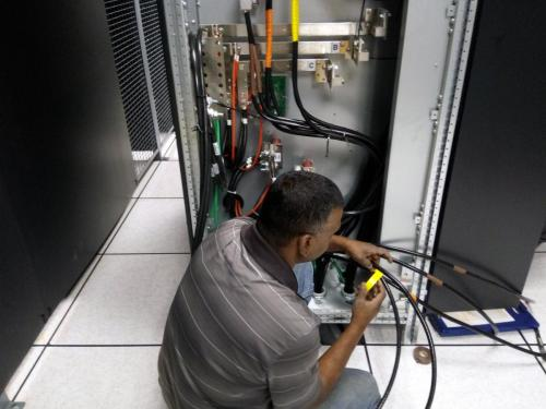 Making power connections